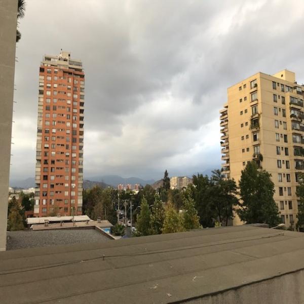Vende - Amplio y Amoblado departamento Las Condes