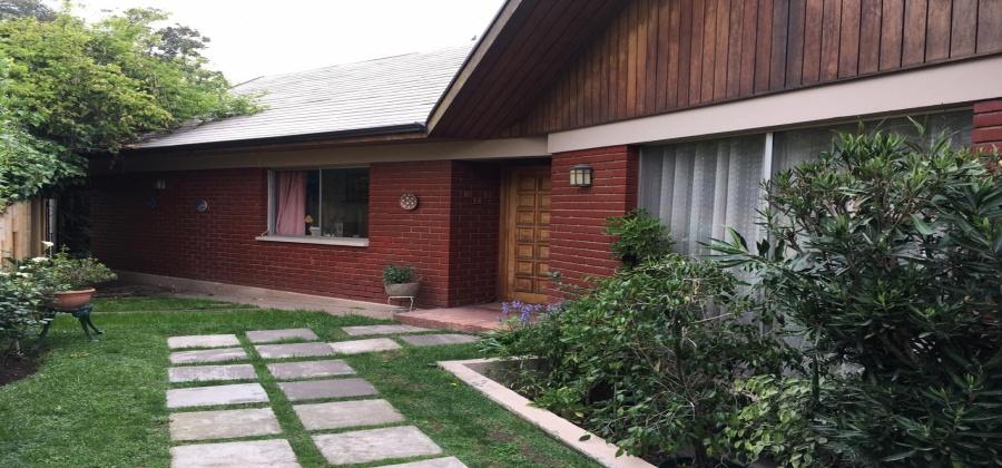 casa Las Condes, Latadia